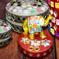 Adornos con espejos hindúes